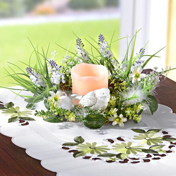 Blumenkranz mit LED-Kerze