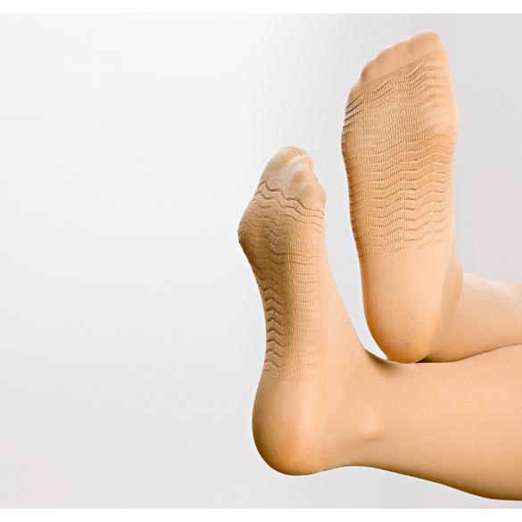Stützstrümpfe mit Massagesohlen