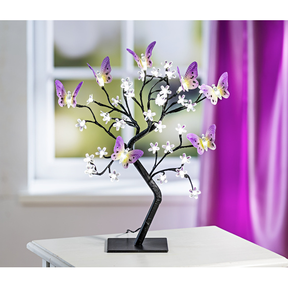 LED-Baum mit Schmetterlingen