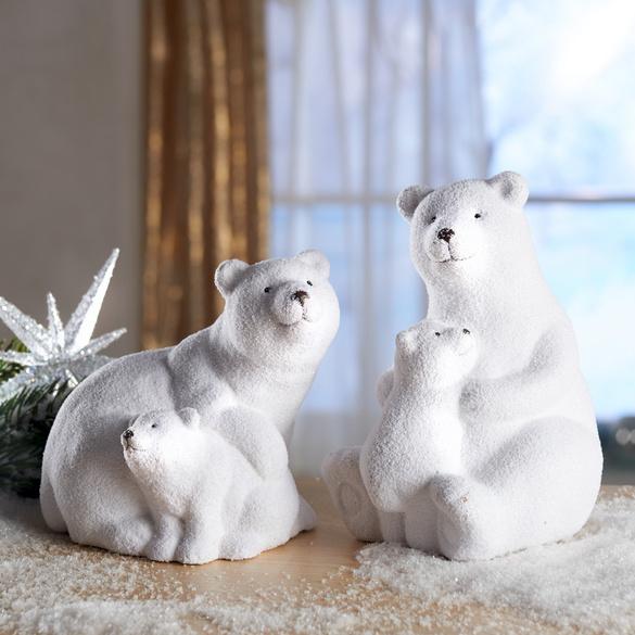 Eisbär-Mutter mit Baby liegend