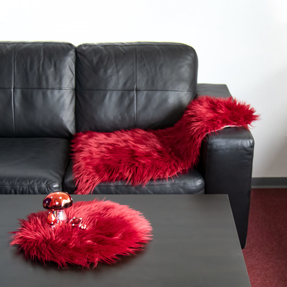 "Sitzauflage ""Kuschelfell"" bordeaux"