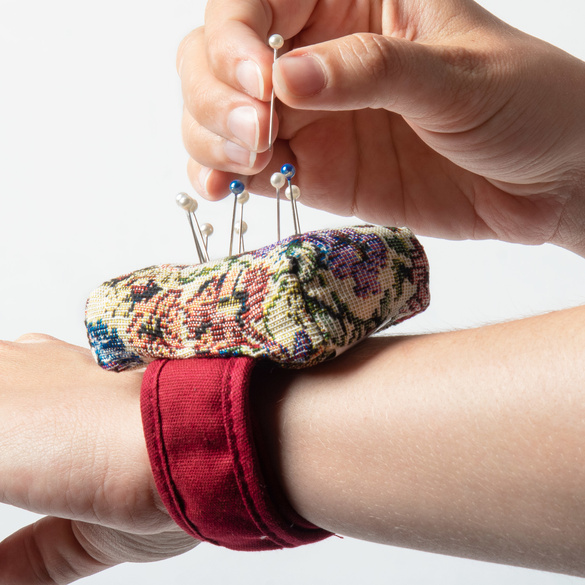 "Nadelkiss-Armband ""Gobelin"""