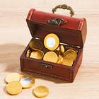 Schatztruhe mit Schokomünzen