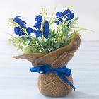 Jutesäckchen mit Blumen